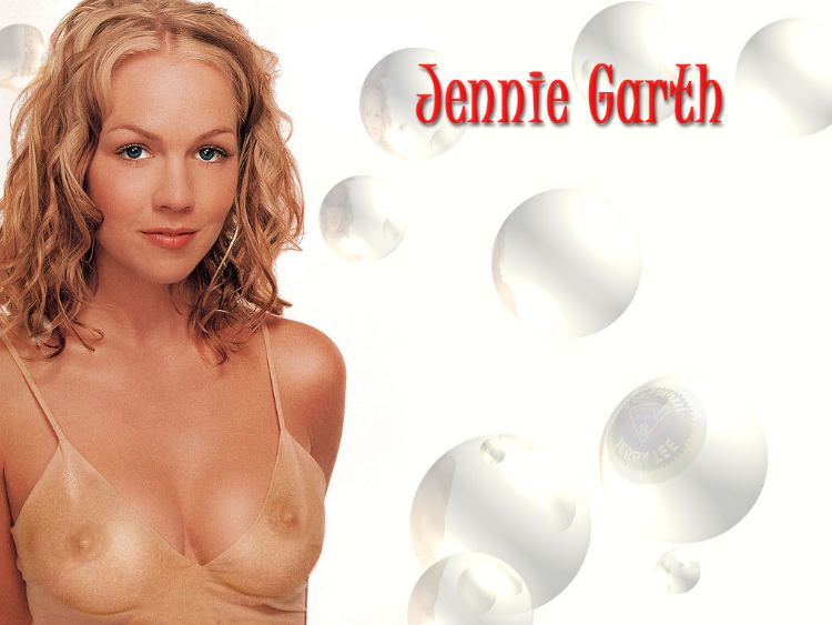 Jennie garth nude pictures at JustPicsPlease